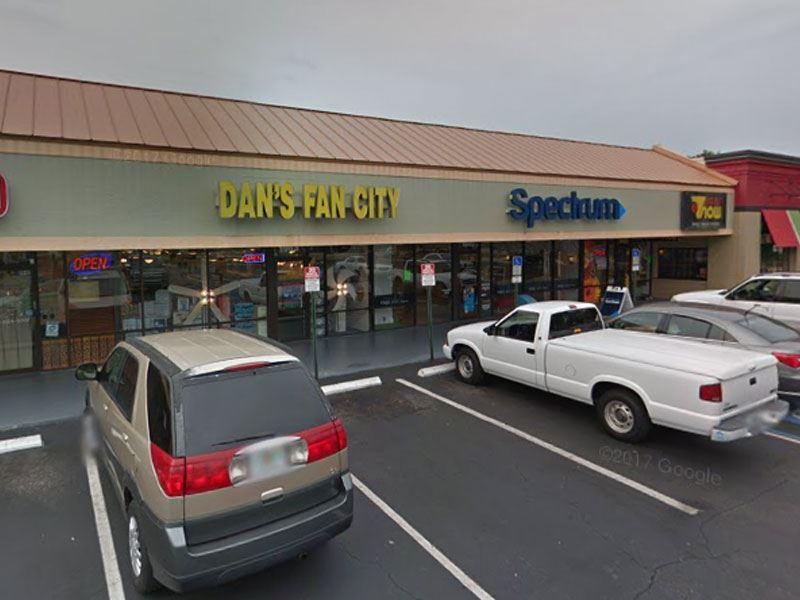 Ceiling Fan Store in Brandon Parking Lot